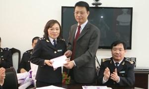 Tổng cục trưởng Tổng cục Hải quan gửi thư khen tập thể cán bộ, công chức Chi cục Hải quan sân bay Nội Bài