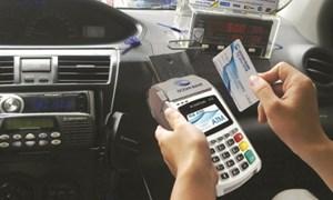 Đi taxi quẹt thẻ để hưởng lợi