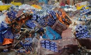 Đồng Tháp tiêu hủy 542 nghìn gói thuốc lá nhập lậu