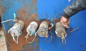 Bắt giữ tàu vận chuyển 600 m3 dầu DO không giấy tờ