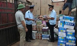 Lạng Sơn: Dừng thông quan để kiểm tra thực tế 17 container hàng quá cảnh