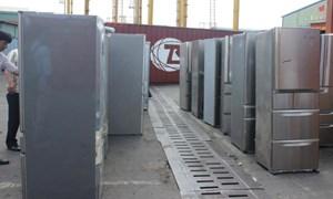 Hàng lậu ẩn trong những lô hàng chuyển cửa khẩu
