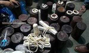Hải quan Tân Thanh: Tạm giữ lô hàng nghi là sản phẩm ngà voi