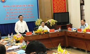 Hải quan TP. Hồ Chí Minh cam kết thu ngân sách đạt chỉ tiêu