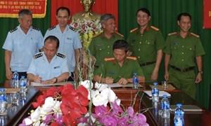 Công an và Hải quan Bà Rịa - Vũng Tàu ký kết phối hợp chống buôn lậu