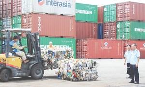 Hải quan Hải Phòng ngăn chặn 130 container rác đổ vào Việt Nam
