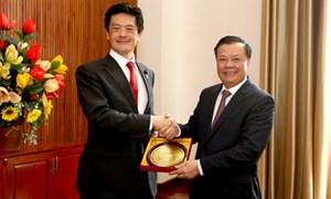 Bộ trưởng Đinh Tiến Dũng làm việc với Nghị sĩ Thượng nghị viện Nhật Bản Shigeki IWAI