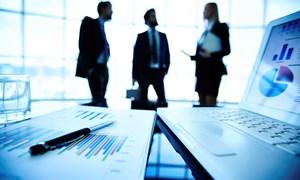 Ảnh hưởng của quản trị công ty đến điều chỉnh lợi nhuận của doanh nghiệp khi phát hành thêm cổ phiếu