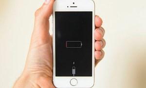 Apple bị phạt 25 triệu euro vì làm chậm iPhone