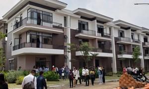 Biệt thự, nhà phố khu vực đô thị vệ tinh Sài Gòn tiếp tục