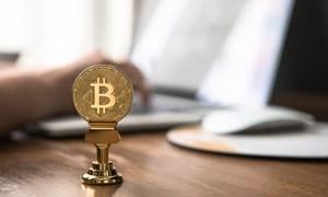 Bitcoin bật tăng,