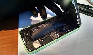 Hỏng iPhone vì dùng phụ kiện giá rẻ