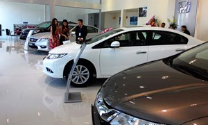 Sau Tết, người Việt không mặn mà mua ô tô, doanh số bán hàng tháng 2 giảm mạnh