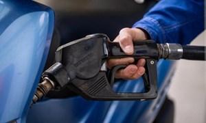 """Ngăn chặn tình trạng """"té nước theo mưa"""", tăng giá bất hợp lý theo giá xăng dầu"""