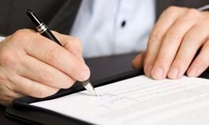 Sẽ bỏ chế độ hợp đồng vô thời hạn đối với viên chức từ năm 2020?