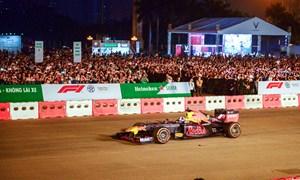 Vé xem đua xe F1 tại Hà Nội có giá bao nhiêu?