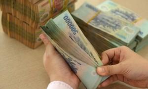 Khó vay từ ngân hàng, vì sao các ông lớn bất động sản vẫn huy động được nguồn tiền khổng lồ?