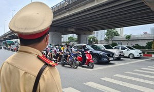 Sẵn sàng phương án điều tiết giao thông đón người dân trở lại Thủ đô sau kỳ nghỉ lễ