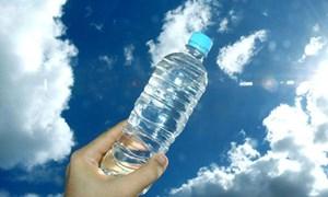 Mỗi phút, người dân thế giới tiêu thụ một triệu chai nhựa
