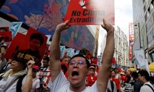 Người Hong Kong dọa đóng cửa tiệm đồng loạt để phản đối dự luật dẫn độ