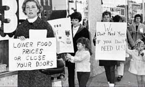 Nước Mỹ đã trải qua những thời kỳ lạm phát tăng vọt nào trong thế kỷ qua?