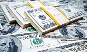 Giá USD tại các ngân hàng tăng mạnh theo tỷ giá trung tâm