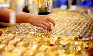 Giá vàng sẽ đến lúc chững lại và điều chỉnh