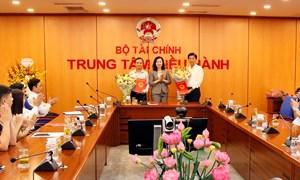 Trao quyết định luân phiên, điều động, bổ nhiệm Tổng biên tập Tạp chí Tài chính và Thời báo Tài chính Việt Nam