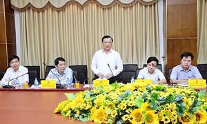 Bộ trưởng Bộ Tài chính Đinh Tiến Dũng làm việc tại Quảng Trị