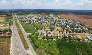Giá đất nền giảm nhưng lượng giao dịch vẫn hạn chế
