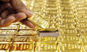 Vàng bị bán tháo, giá sụt 3,6% trong một ngày