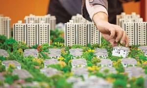 """Tháng Ngâu, dân đầu tư bất động sản vẫn """"xuống tiền"""""""