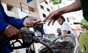 Tự ý điều chỉnh giá bán lẻ xăng dầu bị phạt đến 50 triệu đồng