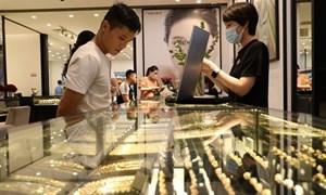 Giới đầu tư vàng trong nước và thế giới chờ đợi động thái từ Fed