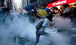 Kinh tế Hồng Kông tiếp tục suy thoái vì biểu tình