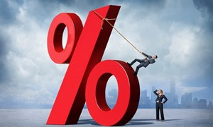 Lãi suất khó giảm như kỳ vọng