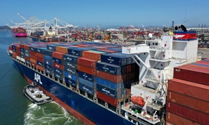 Khủng hoảng gián đoạn chuỗi cung ứng toàn cầu và tác hại lên tăng trưởng kinh tế thế giới
