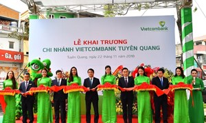 Vietcombank khai trương hoạt động chi nhánh Tuyên Quang