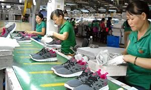 Cán cân thương mại 8 tháng 2013: Có xuất siêu nhẹ