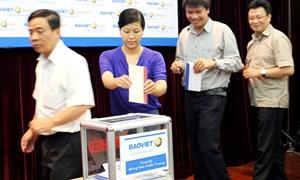 Tập đoàn Bảo Việt ủng hộ hơn 500 triệu đồng hướng về miền Trung thân yêu