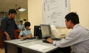 Chống gian lận trong khai báo hải quan điện tử: Cần chế tài mạnh