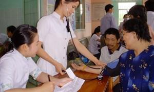 Hướng dẫn việc sử dụng Quỹ khám, chữa bệnh cho người nghèo