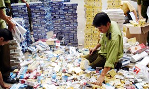 Báo động tình trạng buôn lậu thuốc lá