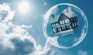 """Kinh nghiệm xử lý """"bong bóng"""" bất động sản của Mỹ và Nhật Bản"""