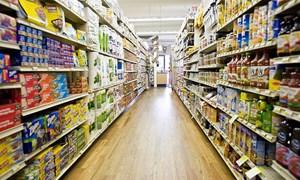 Thời khó khăn, siêu thị giành khách của chợ