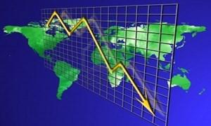 Nguy cơ suy thoái kinh tế thế giới còn rình rập