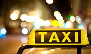 """Từ 1/7/2015, taxi phải gắn """"hộp đen"""""""