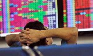 Nhà đầu tư chứng khoán phản ứng thái quá