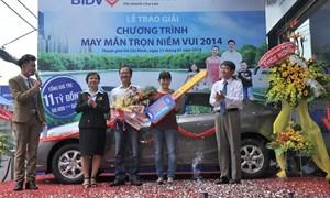 BIDV trao 750 triệu đồng cho khách hàng may mắn