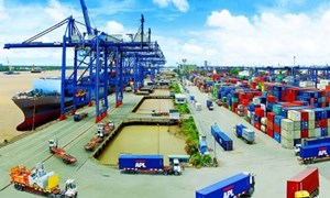 Việt Nam xuất khẩu gần 7 tỷ USD trong 2 tuần